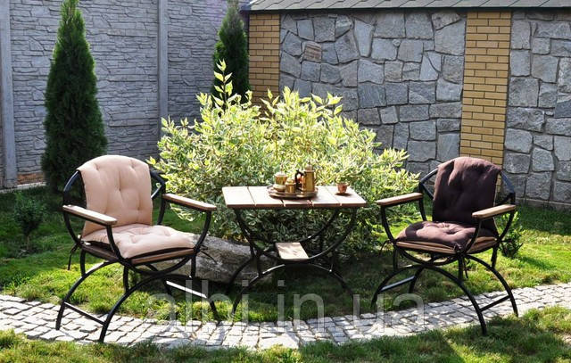 Кавовий столик металевий садовий Доміно