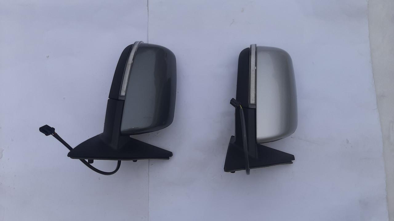 Боковые зеркала ВАЗ 2110-2170 Приора с поворотником и подогревом, Окрашенные в цвет вашего авто.