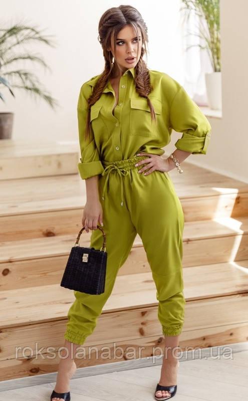 Костюм з укороченими брюками і сорочкою в оливковому кольорі