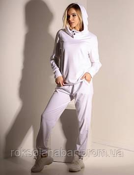 Спортивный костюм белого цвета из велюра 46-48