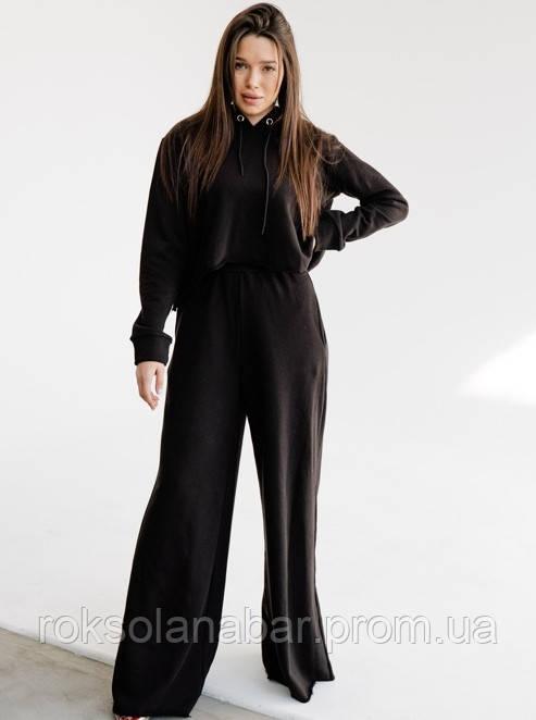 Спортивный женский черный костюм с необработанными краями