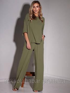 Жіночий костюм молодіжний оливковий двійка з кишенями