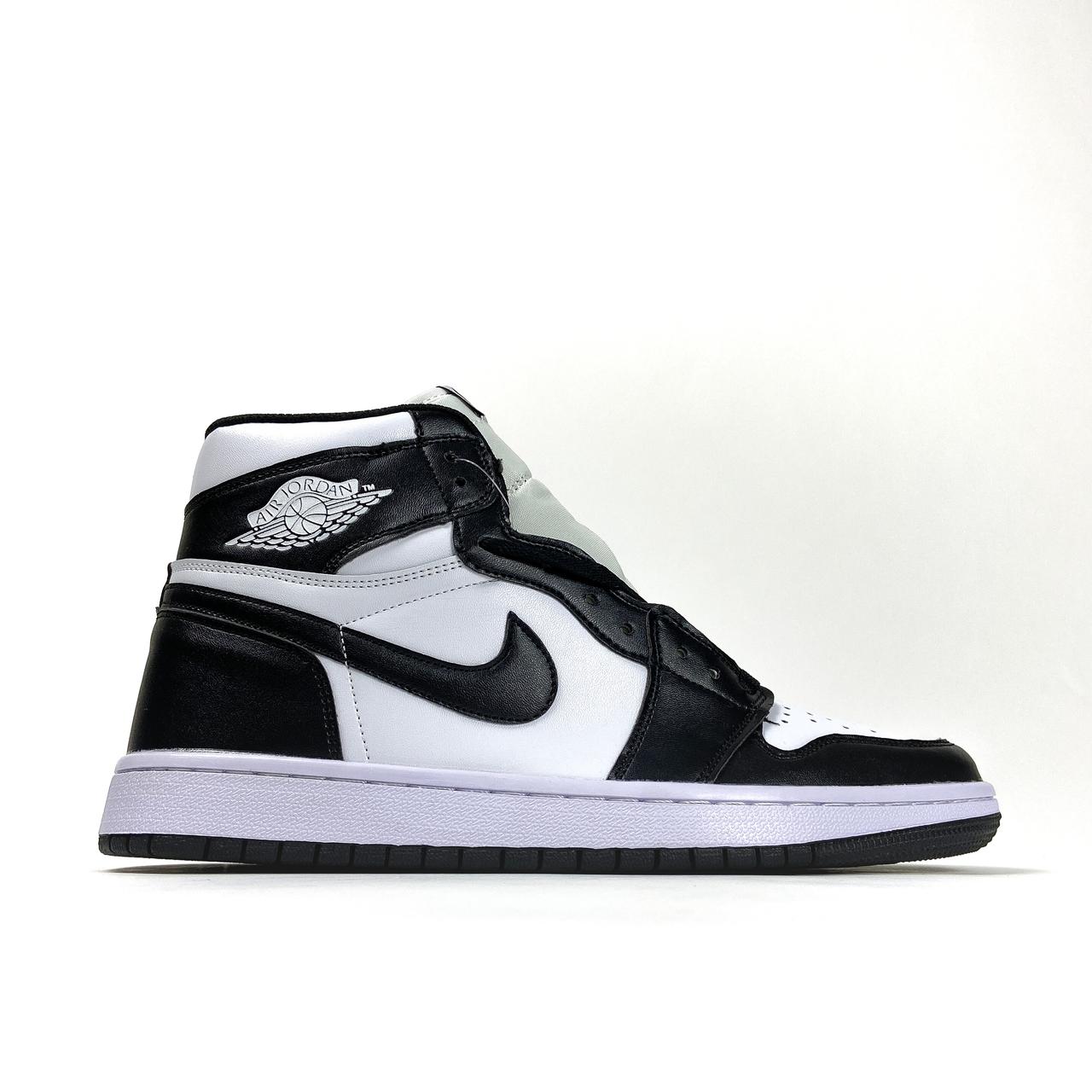 Nike Air Jordan 1 Black White (Білий)