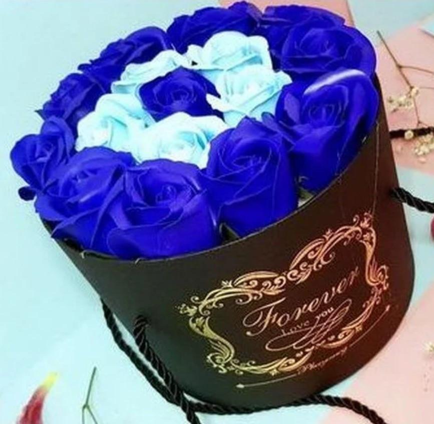 Подарочный СИНИЙ набор мыла из роз в шляпной коробке | Мыльные цветы