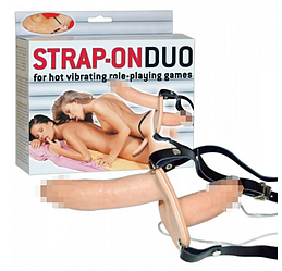 Двойной страпон с вибрацией Strap-On Duo
