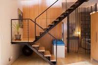 Лестница на второй этаж недорого