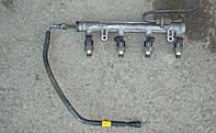 Рампа топливная с форсунками NEXIA 1.5 SOHC GM Корея (ориг) 96184460