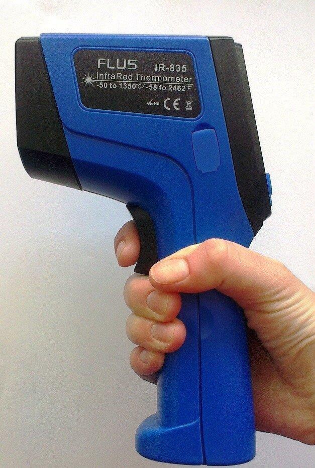 Пірометр з термопарою K-типу (-50...+1350 °С, 30:1, змінний коеф. емісії) FLUS IR-835