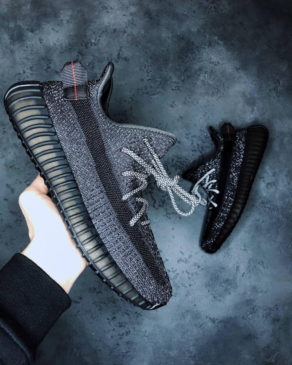 Жіночі кросівки Adidas Yeezy Boost 350 V2 \ Адідас Ізі Буст 350 Чорні \ Жіночі кросівки Адідас Ізі Буст 350