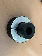 Подушка радіатора Е6 IVECO, фото 2