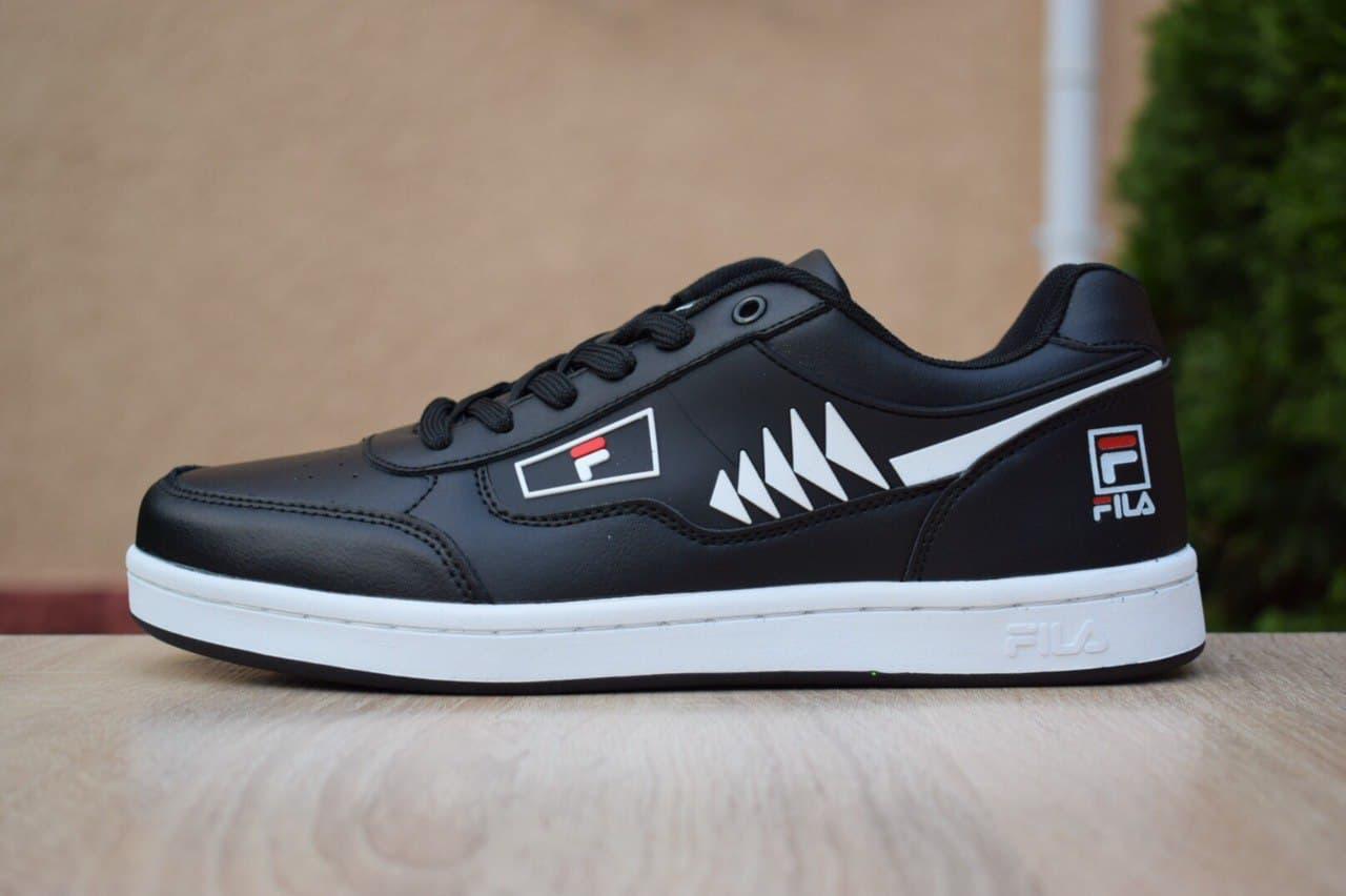 Кросівки Fila Turismo низькі чорні на білому