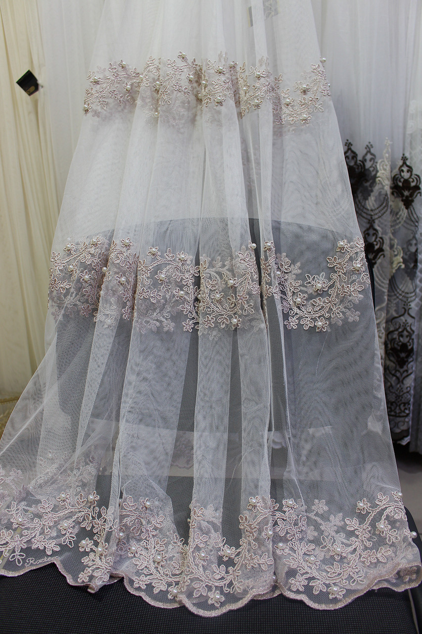 Тюль пудра з вишивкою по низу рядами з перлами