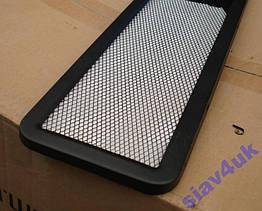 Рамка для номера номерного знака черная с сеткой Vitol РНС-75055