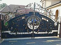 Кованые ворота с калиткой, качественно окрашены краской