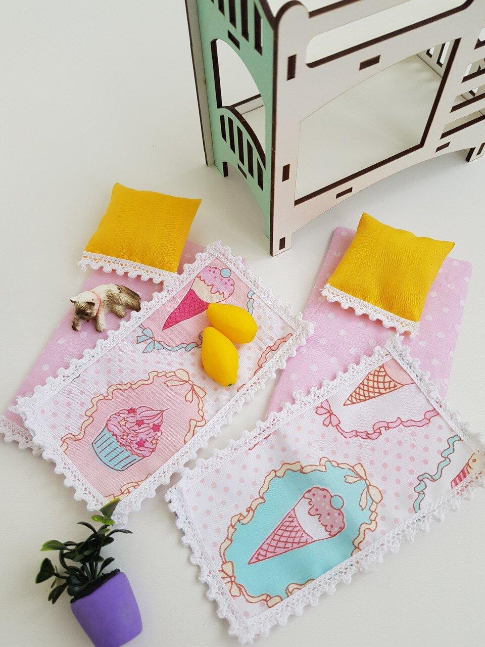 Комплект постельного белья для мебели NestWood (ДЕТСКАЯ) в кукольный домик для Барби, 6 ед.