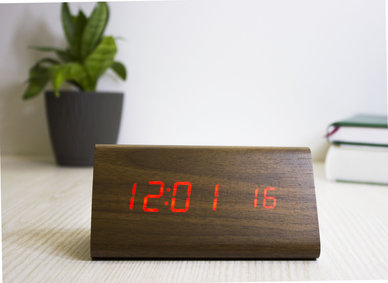 Дерев'яні світлодіодні настільні годинники Wooden Clock з червоним підсвічуванням