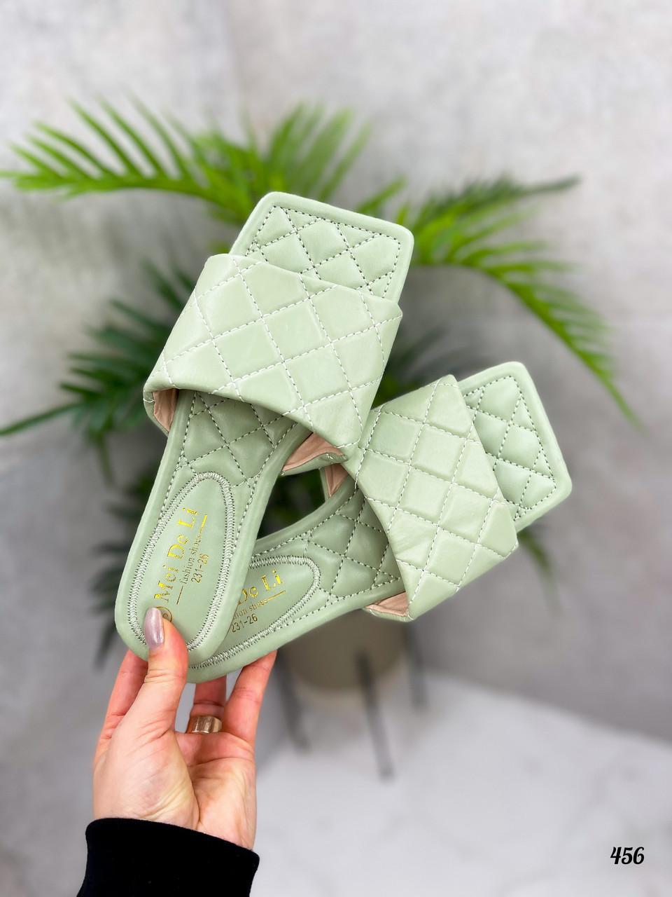 Шльопанці жіночі зелені - фісташкові з квадратним носком еко шкіра