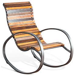 Кресло-качалка GoodsMetall из металла и дерева в стиле LOFT КР2