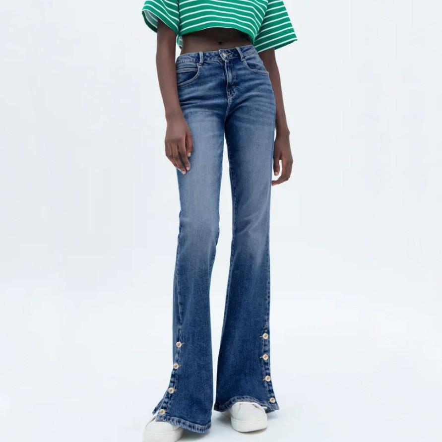 Джинсы женские расклешенные с пуговицами Trend Berni Fashion (S)