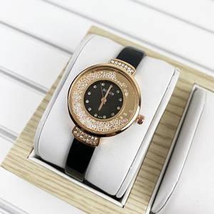 Женские наручные часы с черным ремешком Bolun 5533L Black-Gold Золотые женские часы