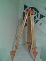 Штатив деревянный с винтами ШР 160