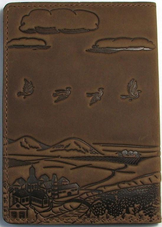 """Кожаная обложка на паспорт - """"Приключения"""" (коричневый) - 220 грн. обратная сторона"""