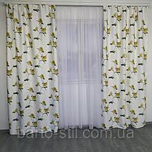 Комплект штор з жовтими квітами.Пошитий на тисьму. 2 штори по 1.5м висота 2.7м