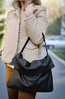 Большая кожаная черная сумка с отворотом