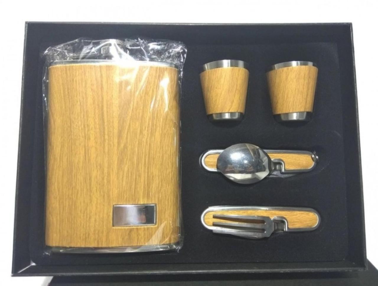 Сувенірний набір фляга (2 чарки, виделка, ложка)