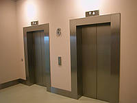 Облицовка лифтовых порталов (откосов)