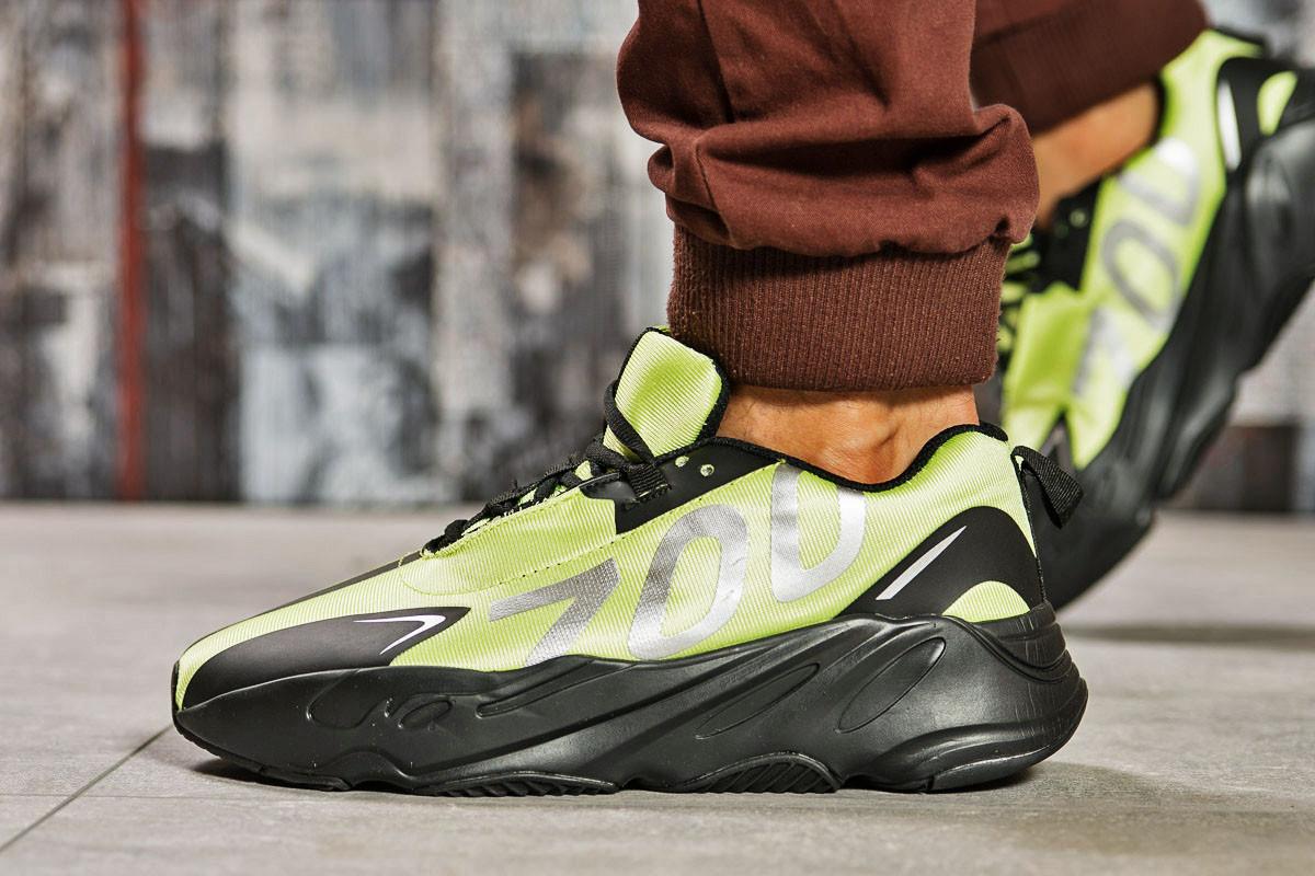Кросівки чоловічі 15524, Adidas Yeezy 700, зелені, < 41 42 43 44 45 > р. 41-26,5 див.