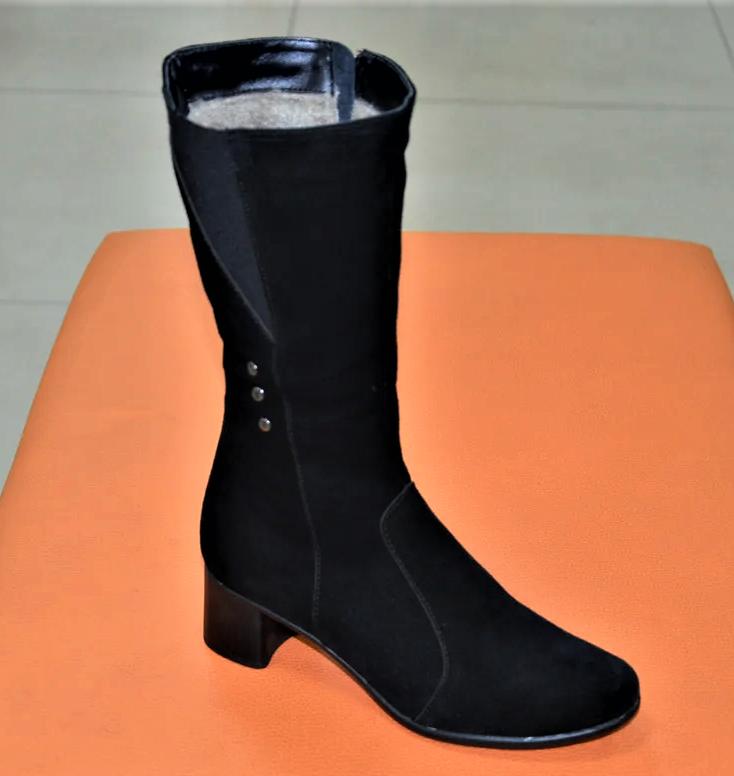 Сапоги женские на каблуке замшевые черные 134020