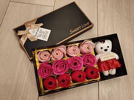 Подарочный набор мыла из роз Rose Bear, парфюмированное сувенирное мыло + МИШКА