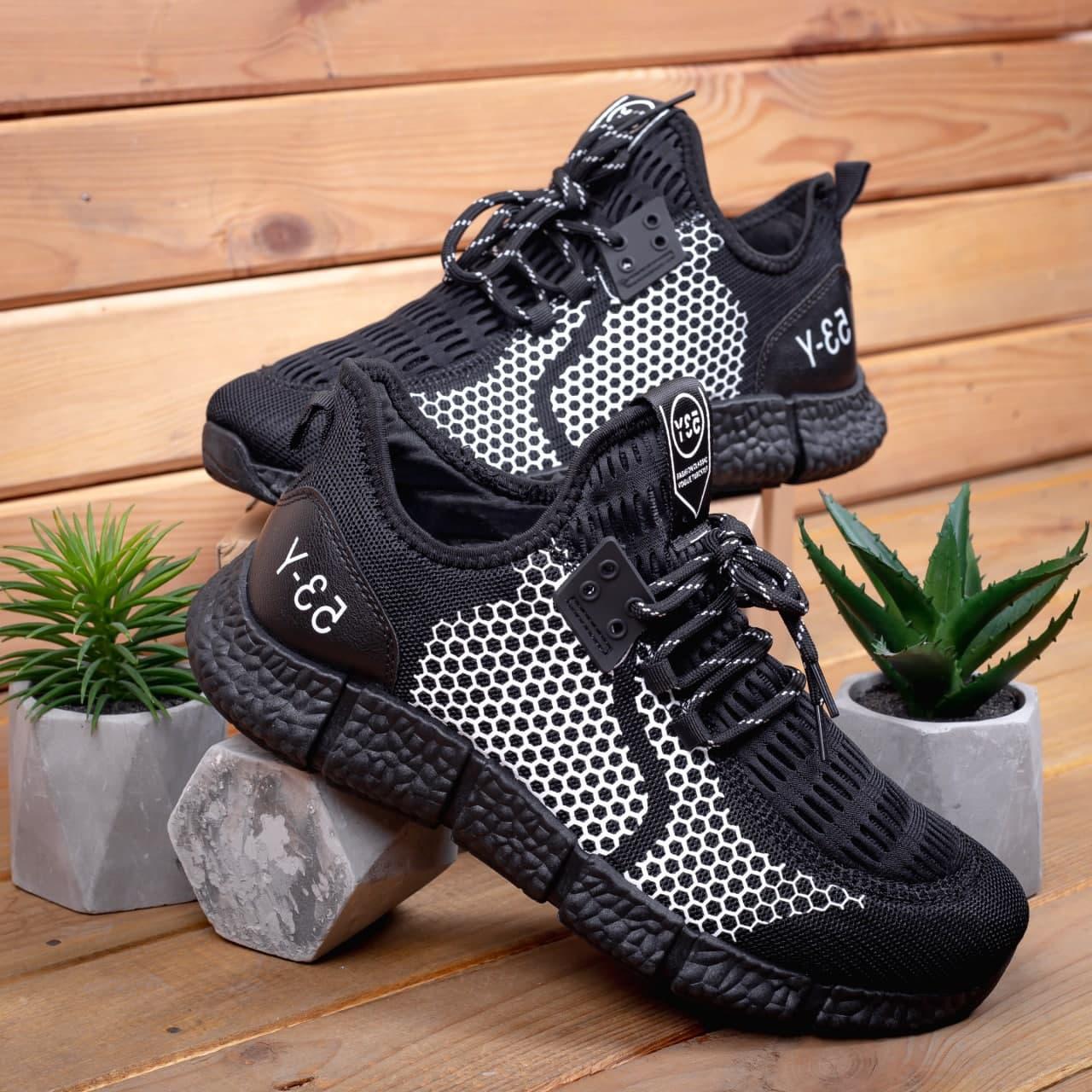 Чоловічі текстильні кросівки біло чорні на шнурівці осінь/весна. Чоловічі кросівки літні