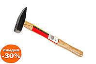 Молоток Intertool - 500 г ручка дерево 1 шт.