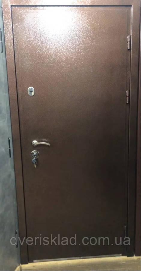 Двери уличные Антик медь аверс