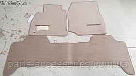 Комплект велюрових килимків для Toyota Land Cruiser 200 2008-12 нові оригінальні
