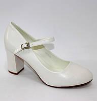 Білі жіночі туфлі, фото 1