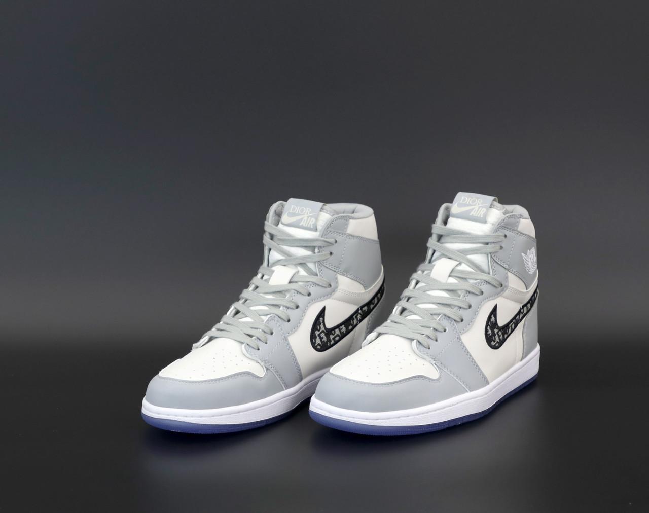 Женские серые кроссовки Nike Air Jordan 1 Dior
