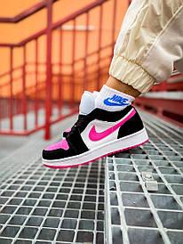 Жіночі кросівки Nike Air Jordan 1