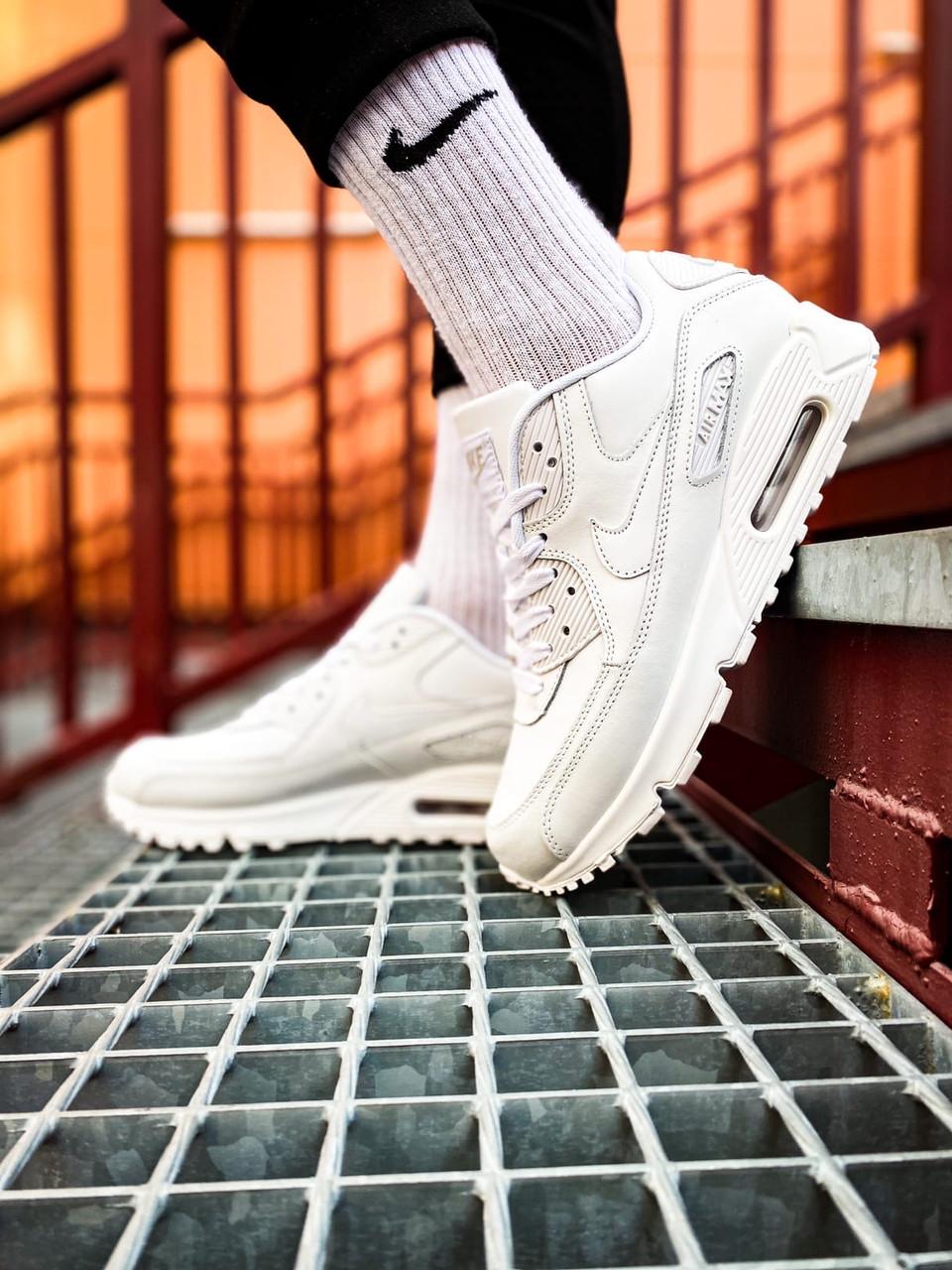 Жіночі білі Кросівки Nike Air Max 90