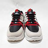 39,40 р. Весенние женские кроссовки из эко-кожи черно-бежевые  с красным маломерят, фото 2