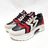 39,40 грн. Весняні жіночі кросівки з еко-шкіри чорно-білий з червоним маломерят, фото 4