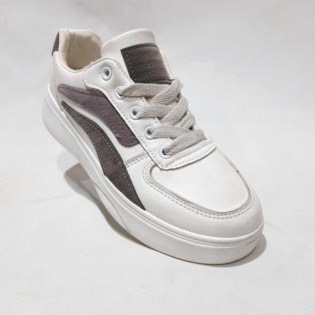 36,38 р. модні Жіночі кросівки з еко-шкіри весняні Білі Мало Маломірки
