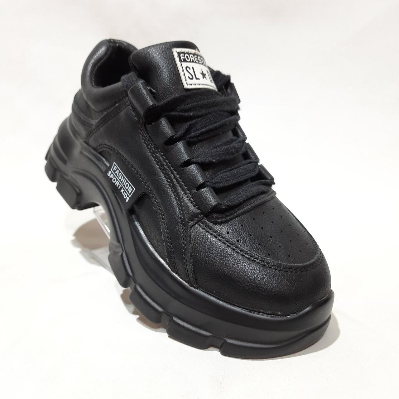 37,41 р. Женские кроссовки модные стильные из эко-кожи весенние маломерки  отличного качества Черные