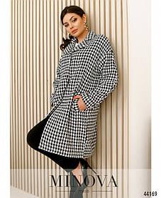 Свободное женское демисезонное пальто  с пуговицами чёрно-белое оверсайз в принт, размер от 42 до 48