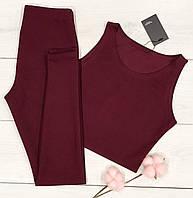 Модний жіночий комплект майка+лосини вишневого кольору.