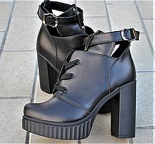 Ботильоны женские на высоком каблуке кожаные черные с ремешком