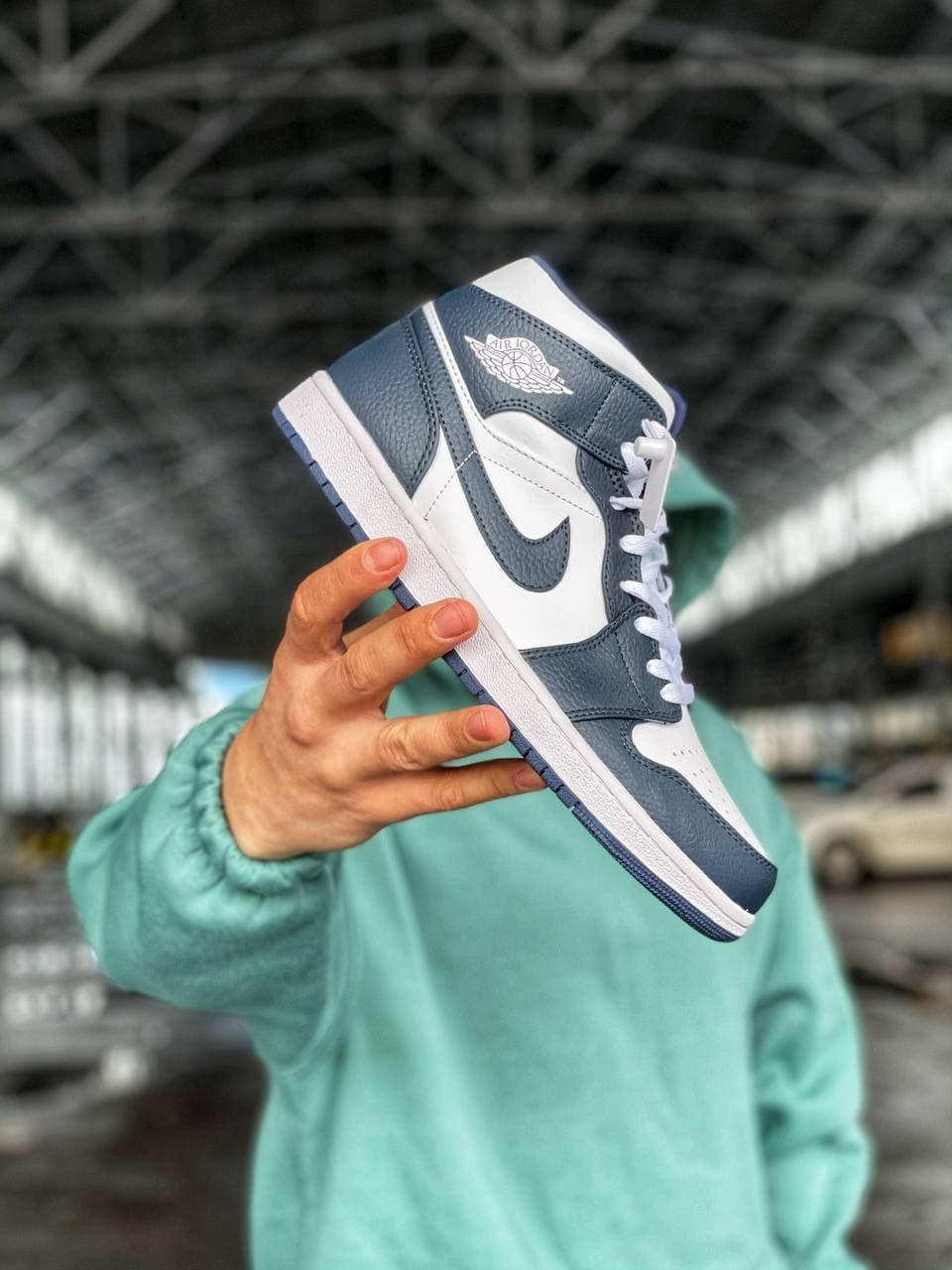Баскетбольные кроссовки Air Jordan 1 Retro Mid Blue/White