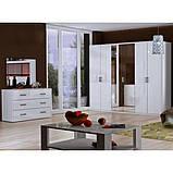 Комод в спальню, у вітальню, дитячу Рома 3Ш RM-63-WB MiroMark білий глянець, фото 3